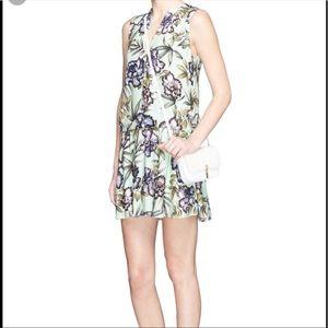 NWOT Alice &olivia floral print dress